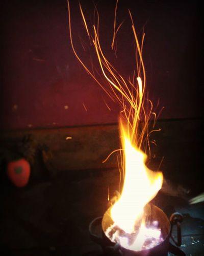 Today's Pic ..Hawan /Havan ...Navmi ... I Just Love These  Flames ...😊😊.. Awesomeness ... ...................Filters ................ Iphonephotography Happydussehra Dussehra Bestshot Instashot Instapicoftheday Likeforlike Instadaily Instagood Photooftheday ....Lucknow ..... 😊😊😊😊😊😊😊😊