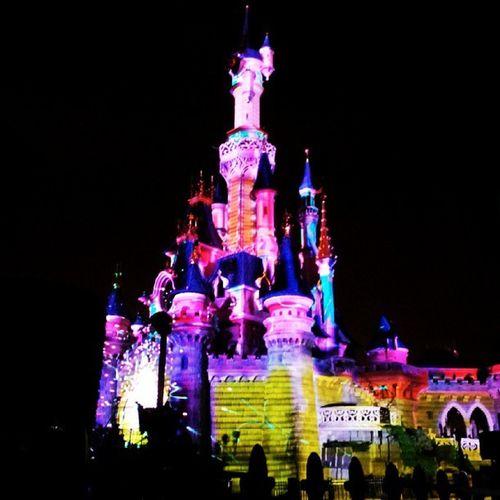 Parcdisney Disneyland Resort Mickey sequoialogde mousse wood magic beautifull happy mickey disneydream