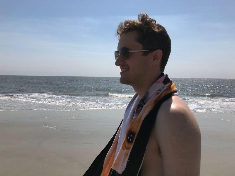 The joy of seeing someone else smile is one of the greatest feelings in the world😊 EyeEmNewHere Happy Happythoughts Savannah Beach Ocean Ocean View EyeEmNewHere