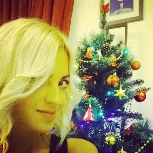 Happy New Year my friends!) ???? Happy Newyear2014 Christmastree Model blond girl