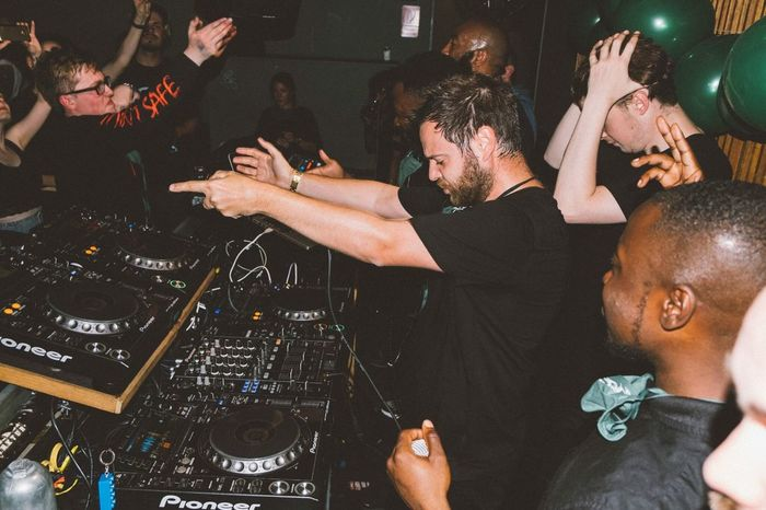 My London Gang came to berlin to throw a party with Mike Skinner. Very Rare💥 Berlin Music Music Photography  HipHop Event Club Party Celebration