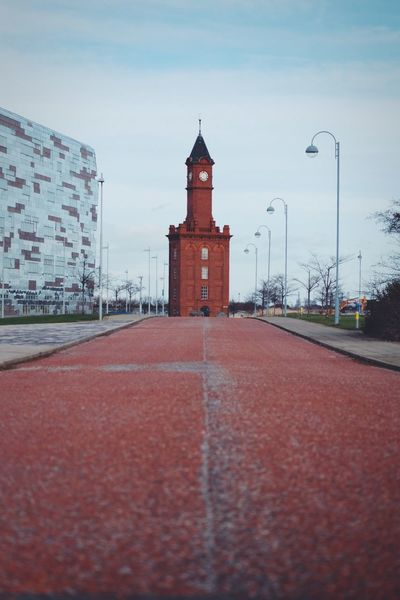 Old And New Road Eye4photography  EyeEm Gallery Urban Urban Exploration Tower Sky Outdoors No People Cloud - Sky Day Red Architecture Urban Skyline
