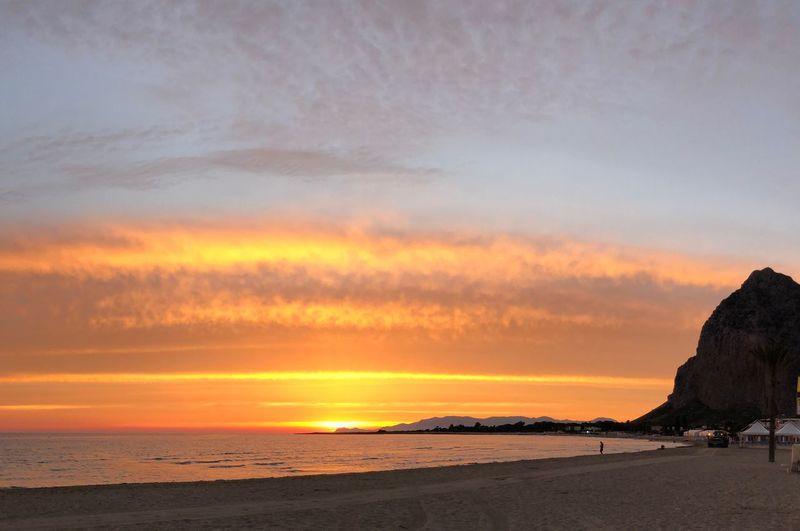 Sea Sky Sunset Water Beauty In Nature Cloud - Sky Scenics - Nature Beach Tranquility Horizon Orange Color