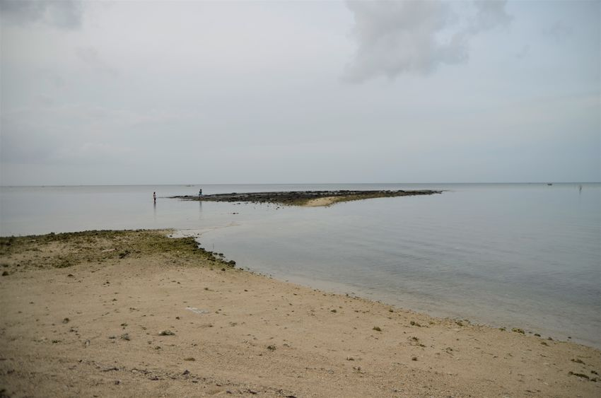 the path that appears when it's low tide Beach Low Tide Miles Away Outing Quezon Quezon Province Lost In The Landscape