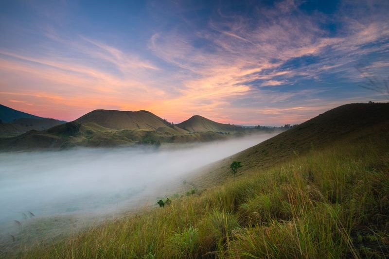 Sunrise at kawah wurung, bondowoso, indonesia Landscape_Collection Landscape Kawah Wurung Mountain Scenics Nature Beauty In Nature Landscape Tranquil Scene Tranquility Sky No People Cloud - Sky Outdoors Travel Destinations Mountain Range