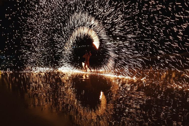 c mon bby light my fire Koh Samed Water Sparkler Glowing Exploding Sparks Waterfront Firework