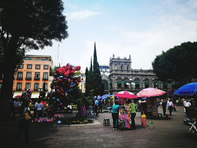 City Colors Architecture Children Globe Puebla De Zaragoza Visit México 🇲🇽🇲🇽