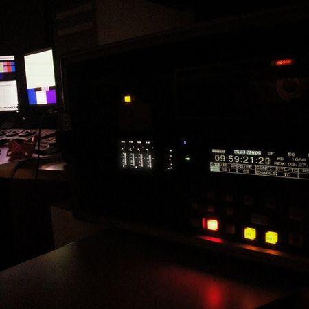 Yine birgün yayın bandı basıyoruz 🎥🎬 Indiefilm Makingmovies VHS VCR Film Filmmaking Analog Retro Art Filmcurious Indiecurious Memethemovie Production Featurefilm Firstfeature Editing Postproduction Post Finalcut Avid Davinci