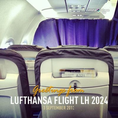 And boarding my Lufthansa flight to Berlin. Good to be back. #UpInTheAir #FlyingTXL #IFA2013 Upintheair Flyingtxl Ifa2013