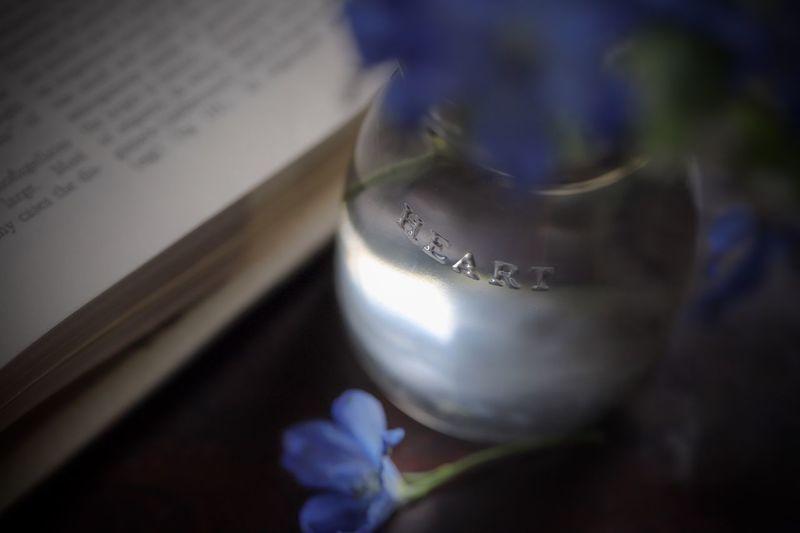 """♡"" ♡ Vase Blue"