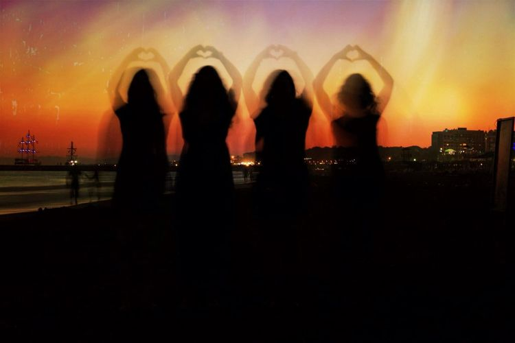 Sunset Friends Heart Holiday