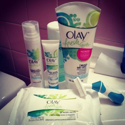 Twice a day ritual Clean Face Sofresh Olay fresh effects + proactiv toner