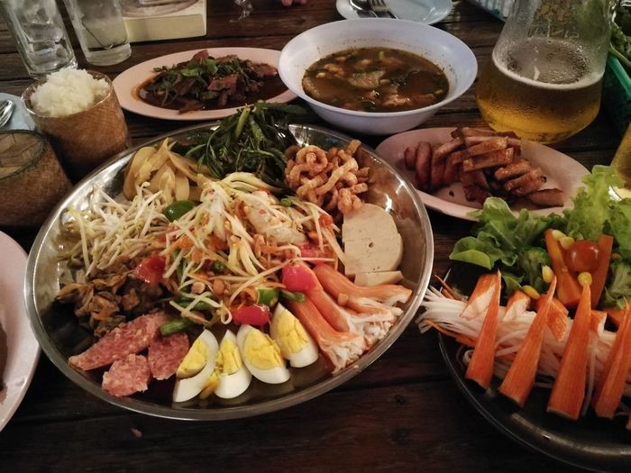 Food Food And Drink Meat Ready-to-eat Healthy Eating Freshness Plate Table Indoors  Serving Size No People Bowl Vegetable Beef Appetizer Close-up Day ตำถาด ข้าวเหนียว เบียร์ แหนม