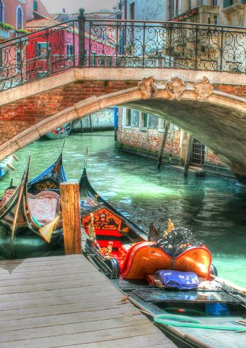 City Gondola - Traditional Boat HDR HDR Collection Mode Of Transport Nautical Vessel Rob Handgraaf Fotografie Transportation Travel Destinations Venice, Italy Water