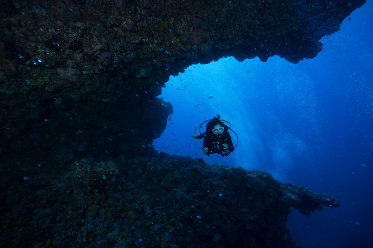green island, Taiwan Adult Adults Only Adventure Aqualung - Diving Equipment Aquatic Sport Blue Diving Equipment Diving Flipper Exploration Extreme Sports Mature Adult Nature One Person One Woman Only People Scuba Diver Scuba Diving Sport UnderSea Underwater Underwater Diving Vacations Water Wetsuit