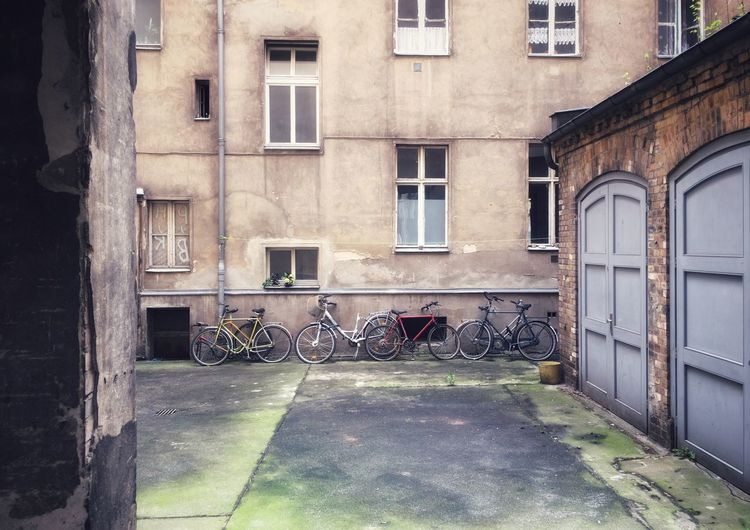 Street Life Streetphotography Old Old Buildings Built Structure Building Exterior Architecture Window Building Day City Residential District Outdoors Street Entrance Transportation Apartment