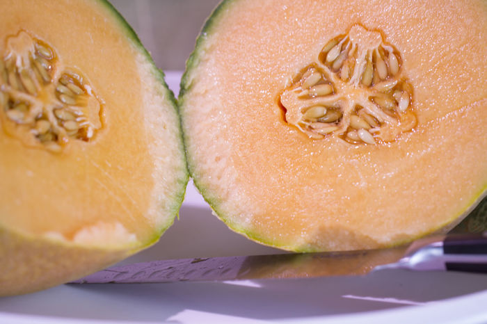 Knife Seeds Seeds Of Life Cantaloup Close-up Day Food Food And Drink Freshness Fruit Healthy Eating Indoors  Indulgence Melon No People Ready-to-eat SLICE Still Life Table