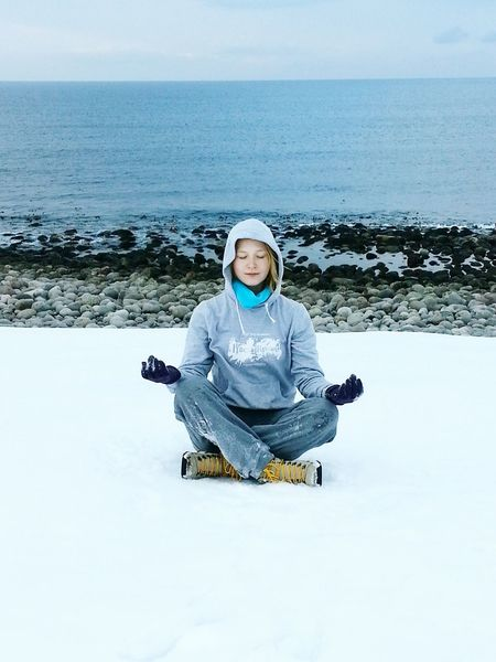 Relaxing Snow Yogagirl EyeEm Nature Lover At The Edge Of The World Ocean Deepfreeze Water Reflections