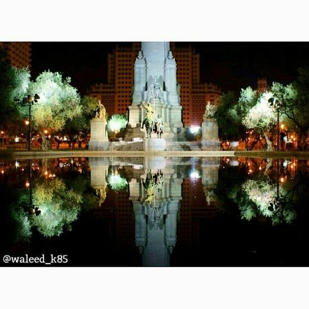 Donquijote DonQuixote Monument Statue . At PlazaDeEspaña park. madrid Spain españa. Taken by my sonyalpha dslr a200. Taken in my 2012 summer trip مدريد اسبانيا تمثال تذكار حديقة