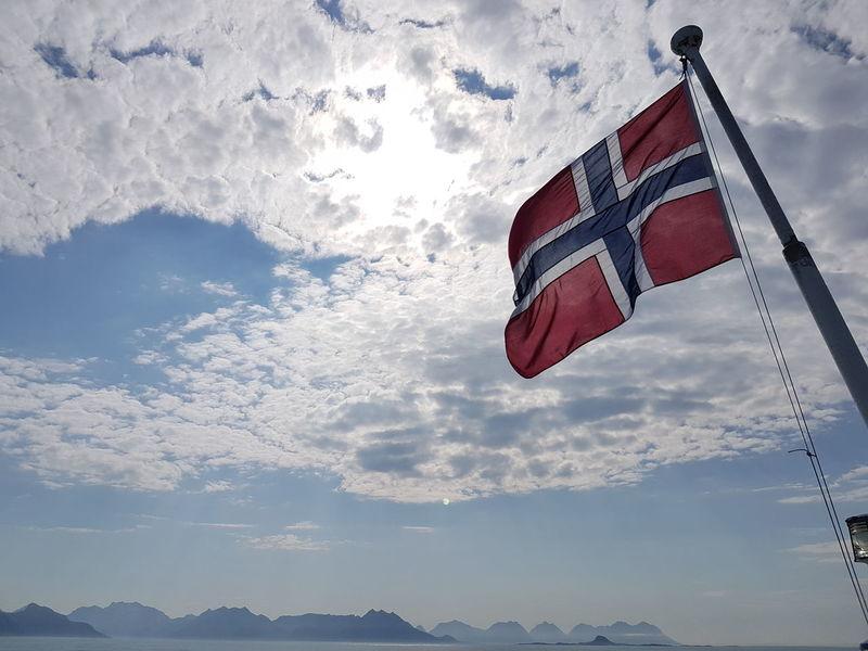 Ferry Gryllefjord - Andenes Ferry Sea Mountains Flag Sky Cloud - Sky Horizon Over Water