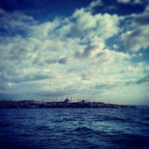 Istanbul Sultanahmet Güzel Bir gun instaturkey gunaydin oan objektifimden benimkadrajim beautiful likeslikeslikes life likeforlike like4like sea deniz turkey turchia