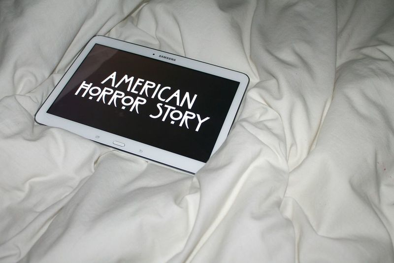 Bed Indoors  Bedroom Show American Horror Story American Horror Story Freak Show American Horror Story Asylum American Horror Story Coven American Horror Story And Honey Nut Cheerios All Day! Tablet Flash Flash Photography White And Black