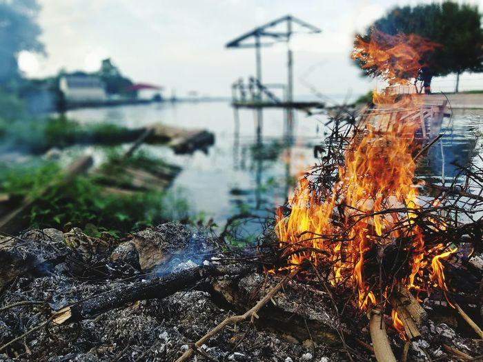 Bon Fire(: