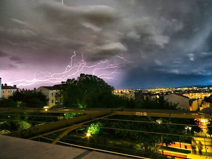 Stormy night... Nuit d'orage... Lightning Bolt Lightning Storm Lightningphotography Beautiful