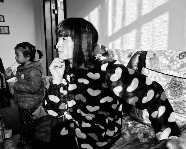 Sunny Day Monochrome Black And White Blackandwhite The Human Condition Taking Photos Youmobile Snapshots Of Life