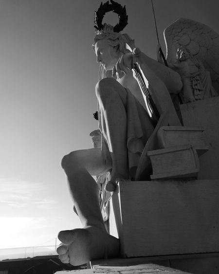 Amo-te minha lisboa Lisbon Lisboa Portugal Lisboalive Lisboa ♡ Lisbon In Black And White Portugal Portugaldenorteasul Portugal_em_fotos Portugalcomefeitos Portugal Is Beautiful Portugallife Portuguese Architecture Portugaldenorteaosul Portugallovers Lisboameninaemoça Lisboaamor Lisboa Streetphotography Tejo Portugalemfotos Portugal_de_sonho Portugaloteuolhar Vintage Style
