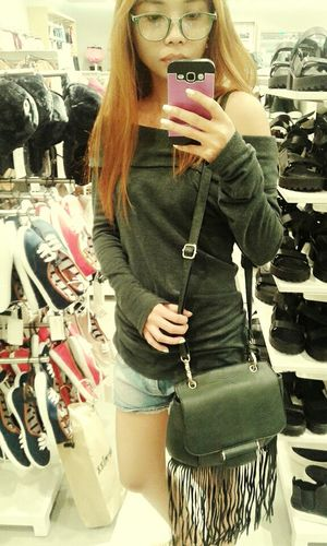 Hi! That's Me Selfiemirror Ootd Casualstyle Casual Day Casual Look Denim Shorts Slingbag Wearing Glasses Offshoulder Outfit #OOTD
