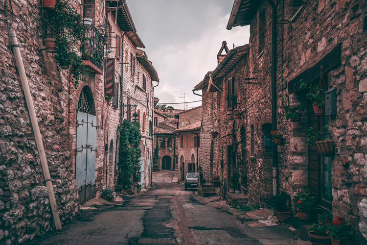 Street in Assisi, Italy Architecture Built Structure Building Exterior Building History Old Sky The Way Forward No People Residential District Outdoors House Wall Brick Alley Narrow Assisi Italy Travel Destinations Travel Photography Traveling Old Town Landscape_Collection