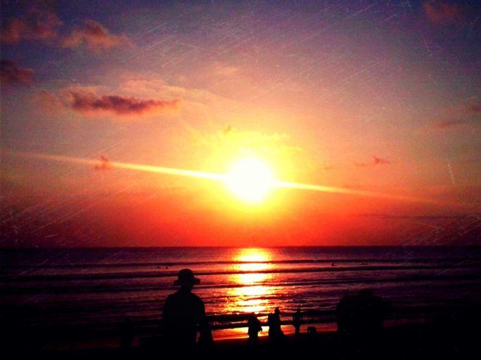 Tenggelam dalam kegelapan Sunset Enjoying Life Pantai Kuta (Kuta Beach) Beautiful Nature