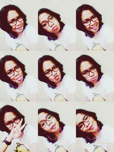 Ga pernah ada yang normal ? Taking Photos That's Me Selfie Glasses Girl Photoself