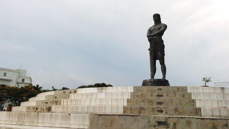HERO Monument Lapu-lapu Brass Monument