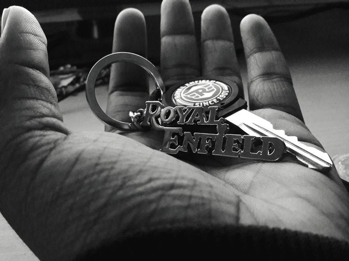 #royalenfield #royalenfieldkeychain #blackandwhitephotography # #royalenfield #royalenfieldkeychain Men Time Low Section Personal Perspective Human Finger EyeEmNewHere