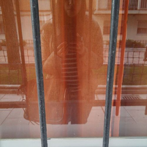 Reflejo en ventana...Leganés Madrid