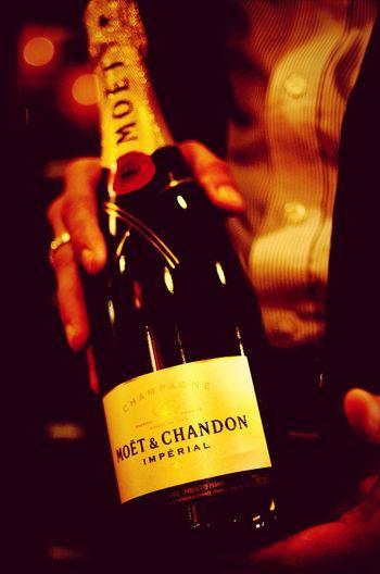 Drinks Champagne Moet & Chandon Lounge