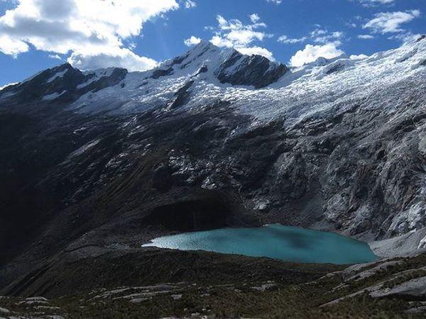Ustedno Elsureselnorte 4870mts Puntaunion Huaraz Peru CordilleraBlanca Montanas Nevado Laguna Instatravel Travelphoto