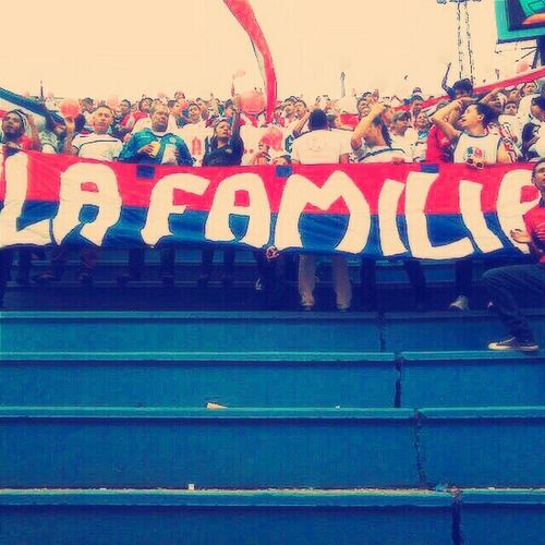 Game Fans Olimpia Tricolor Família Leon DaleLeón 100%fiel