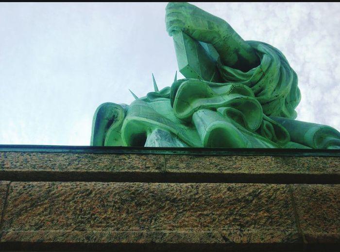Statue Of Liberty Statueofliberty Statue Of Liberty New Jersey Statue Of Liberty Looking Up EyeEm Gallery EyeEm Taking Photos New Jersey Photography Eyemphotography Popularphoto Popular Photographs Popular Best Pictures Eyem Best Shots EyeEm New Jersey