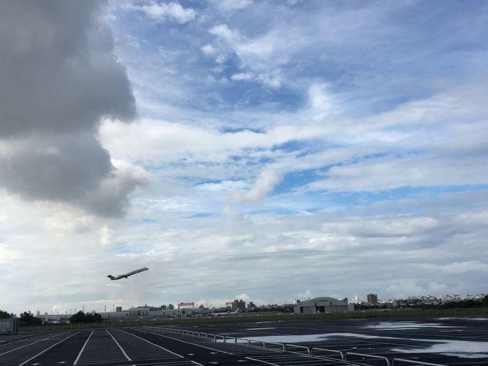 台湾 Taiwan Taiwanese 五月 臺灣 May たかお 前鎮區 高雄 Kaohsiung Airport 飛機 雲 天空 Sky