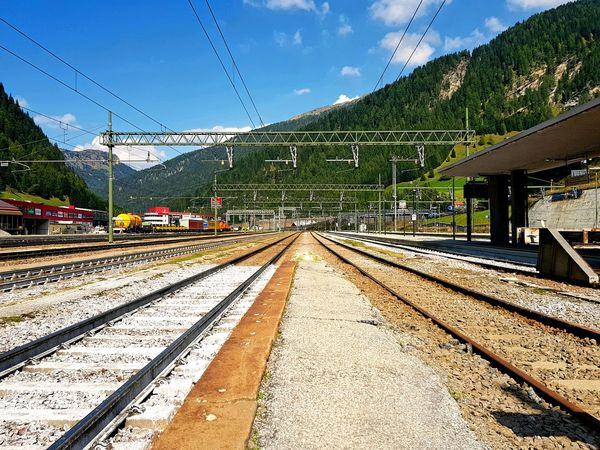 Train Station Amazing View Tadaa Community Italy Variation Europe Vacation Picoftheday Colourful Mountains Alps Alpen Brenner Gleise Tracks Tadaa Community World Is Beautiful Mountain Tree Sunlight Sky Train - Vehicle Rail Transportation