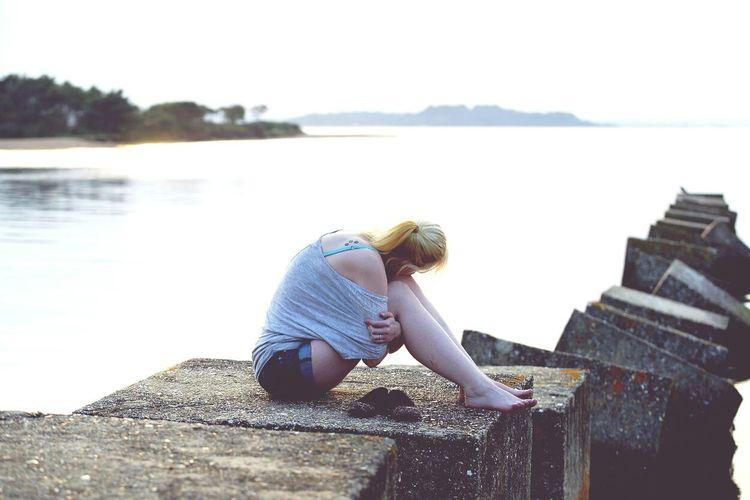 Sunshine Summer Sunset Rocks Serene Sea Model Modelling