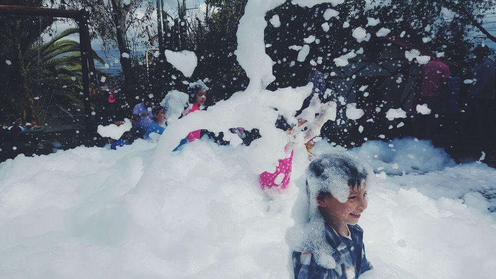 Motion Fun People Child Enjoyment Outdoors Children Only Cheerful Spraying Quito Ecuador Fun Espuma