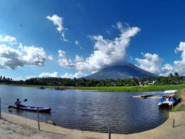 EyeEmNewHere Mayon Volcano Daraga, Albay Philippines Live For The Story Summer Exploratorium