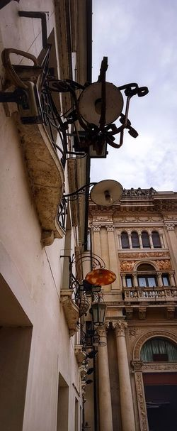 Treviso Veneto Italy Historical Buildings Street Lights Looking Upwards Vertical Landscapes Cloudy Skies