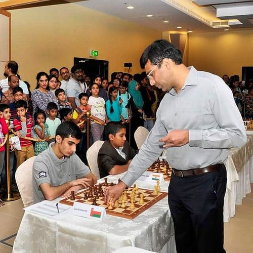 chess SIMUL in Muscat. Vishy Anand Vs me and 21 others Anand Simul Chess Event Challenge Think Focus