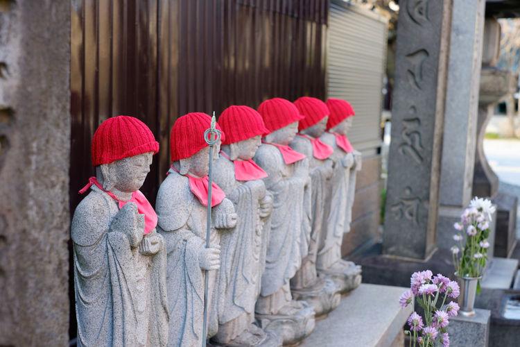谷根千 Fujifilm Fujifilm X-E2 Fujifilm_xseries Japan Japan Photography Red Religion Temple Tokyo Xf35 地蔵 寺 東京 谷中 谷根千