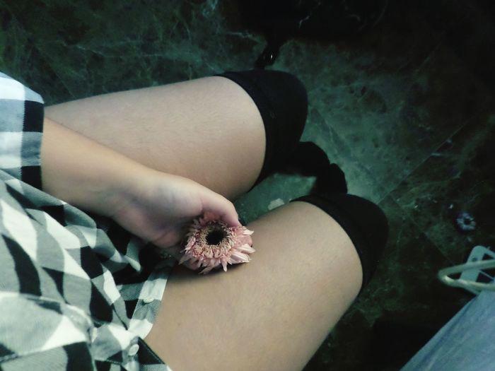 Me Lonelyday Flowers Black